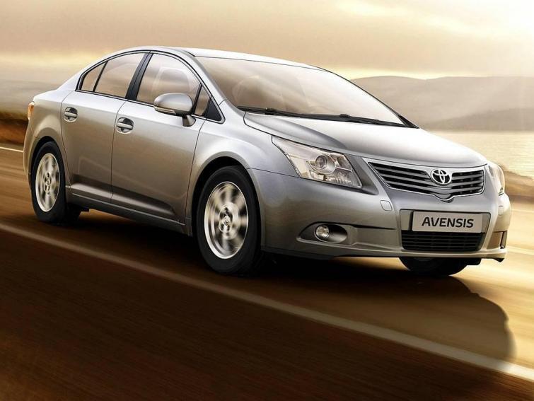 Fabryki Toyoty w Japonii i Europie zwiększają produkcję