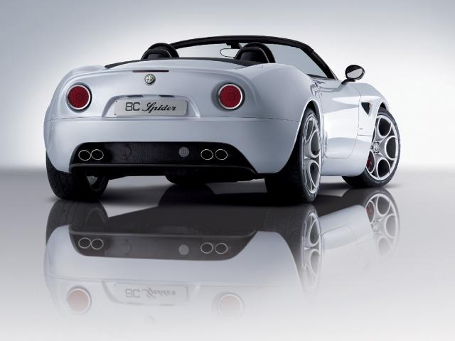 zdjęcie Alfa Romeo 8C Spider