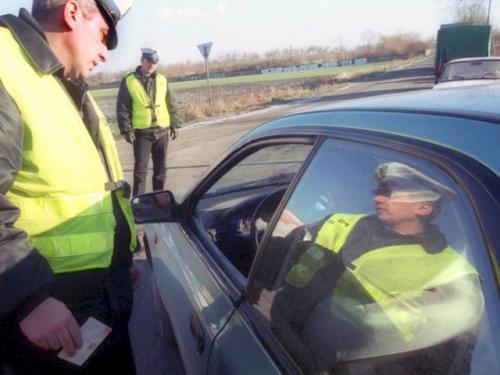 Ogromny Nie będzie można jeździć bez prawa jazdy AU67