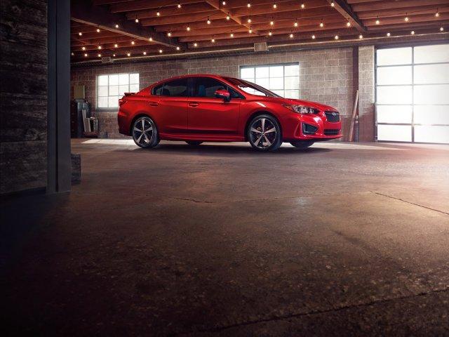 Subaru Impreza   Na salonie samochodowym w Nowym Jorku debiutuje piąta generacja Imprezy. Auto zostało pokazane w dwóch wersjach nadwoziowych: hatchback oraz sedan.   Fot. Subaru