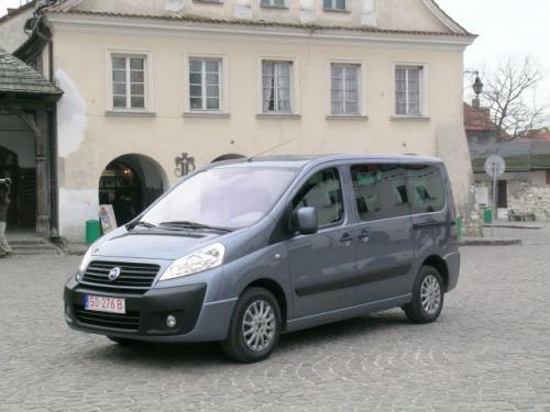 Fot. Grzegorz Burda: Wersja osobowa z najbogatszym wyposażeniem może pełnić rolę komfortowego minivana