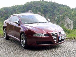 Używana Alfa Romeo GT (2003 – 2010). Wady, zalety, ceny