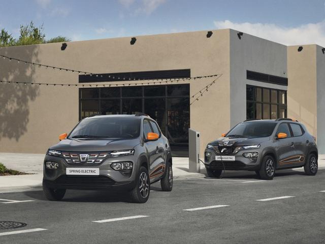 Dacia Spring Electric   W 100% elektryczny napęd o mocy 33 kW (44 KM) jest połączony z akumulatorem trakcyjnym o pojemności 26,8 kWh.  Fot. Dacia