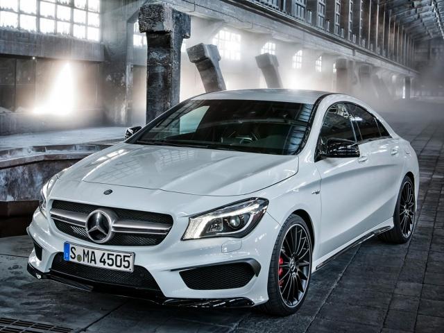 zdjęcie Mercedes-Benz CLA 45 AMG