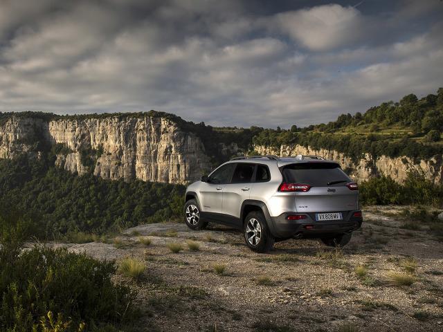 zdjęcie Jeep Cherokee Trailhawk