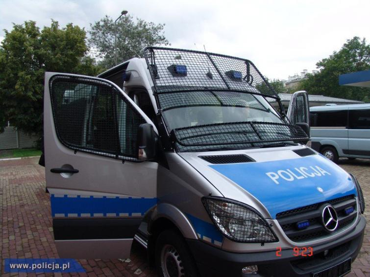 600 nowych mercedesów dla polskiej policji