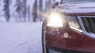Zimowe wyposażenie auta. To przyda się kierowcy