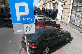 Właściciele starszych aut mogą wkrótce ponosić większe koszty (video)