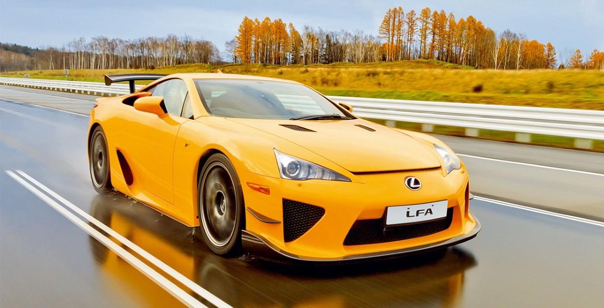 Na zachód od 20-tysięcznego miasta Shibetsu, położonego na wyspie Hokkaido na północy Japonii, znajduje się największy w Azji motoryzacyjny ośrodek prób, na którym testowane są wszystkie modele samochodów Lexus / Fot. Lexus