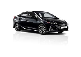 Toyota Prius Plug-In Hybrid. Teraz w wersji 5-miejscowej