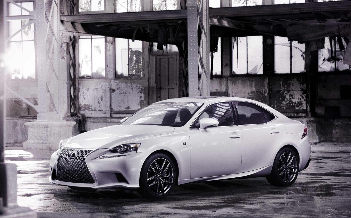 Lexus IS 2013 Fot: Lexus