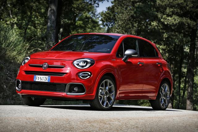 Fiat 500X jest obecny na rynku od 5 lat. Aby wprowadzić nieco świeżości do gamy tego miejskiego crossovera i powalczyć o nowych klientów, producent stworzył jego usportowioną wersję. Mieliśmy okazję nią pojeździć.  Fot. Fiat