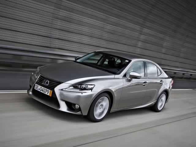 Lexus IS300h, Fot: Lexus