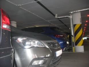 Wilczy dół*, czyli jak naprawić szkodę parkingową?
