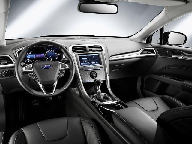 zdjęcie Ford Mondeo Hatchback