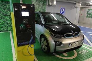 Elektromobilność. Kolejne ułatwienie dla posiadaczy elektrycznych aut