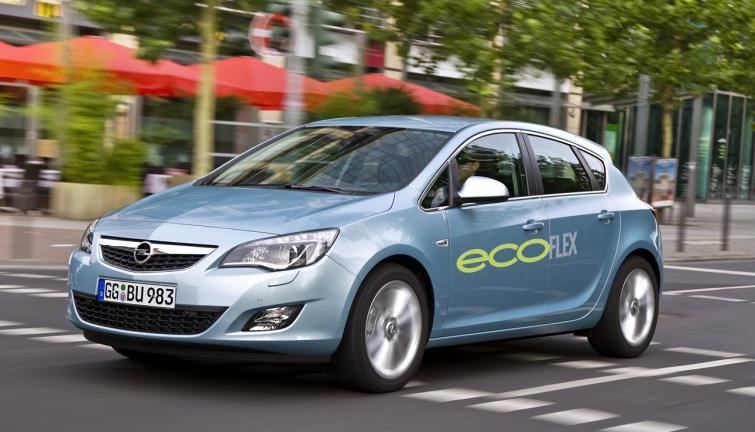 Opel Astra z dieslem i systemem Start/Stop - pali 4 litry na sto