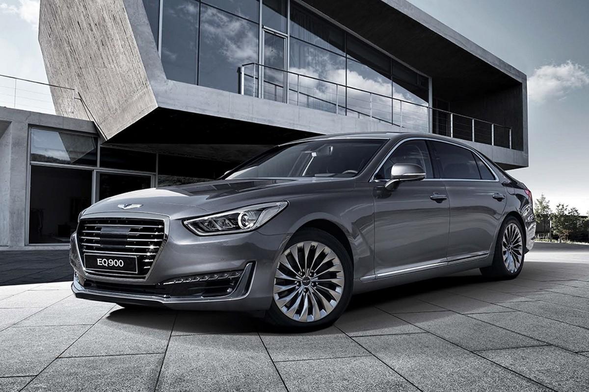 Auto powstało na przedłużonej płycie podłogowej modelu Genesis, a w ofercie zastąpi Hundaia Equusa. Samochód ma 5,2 m długości, ponad 1,9 m szerokości i blisko 1,5 m wysokości. Tym samym nowość konkuruje z Mercedesem Klasy S, BMW Serii 7 i Audi A8 / Fot. Genesis