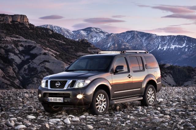 zdjęcie Nissan Pathfinder