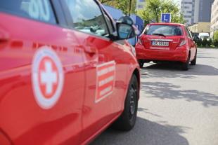 Prawo jazdy. Niemcy wolą zdawać egzamin w Polsce (video)