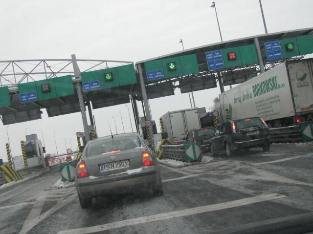 Szybciej przez bramki na płatnych autostradach. Będzie viaAUTO