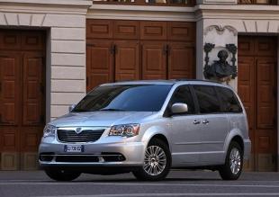 Lancia Voyager I (2011 - teraz) Van