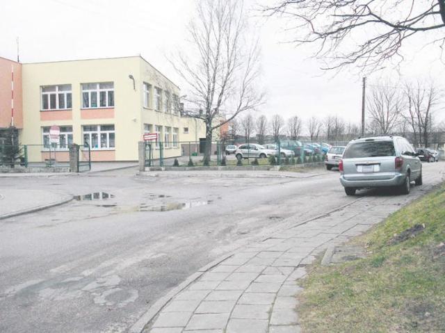 Zaparkujesz przed szkołą w Miastku, to zapłacisz