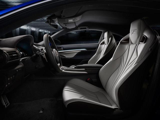 zdjęcie Lexus RC F Coupe