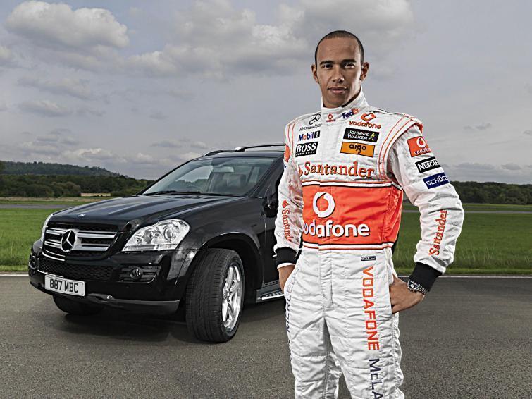 Tymi samochodami gwiazdy Formuły 1 jeżdżą na co dzień (ZDJĘCIA)