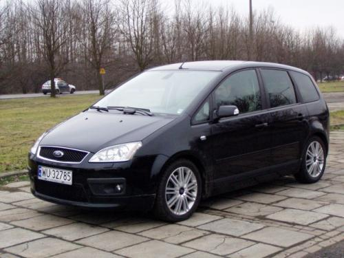 Fot. Ryszard Polit: Ford Focus C-Max to minivan, w którym może podróżować do 5 osób.