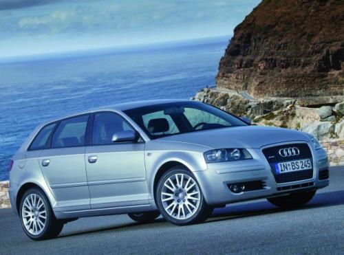 Fot. Audi: Audi A3 w wersji 5-drzwiowej nosi dodatkowe oznaczenie Sportback. Płyta podłogowa pochodzi z  VW Golfa.