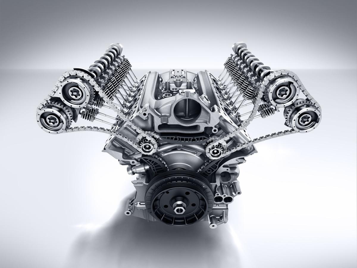 Trwający w połowie września 2019 Salon Samochodowy we Frankfurcie uświadomił mi, że oto znika kolejny mit motoryzacji. Za dwadzieścia lat usłyszenie fantastycznego dźwięku silnika V8, będzie zapewne możliwe tylko w  muzeach techniki, a i to jedynie jako dźwięk z głośników. Na drogach będą bowiem jedynie małe trzycylindrowe silniczki i bezgłośne silniki elektryczne...  Fot. materiały prasowe