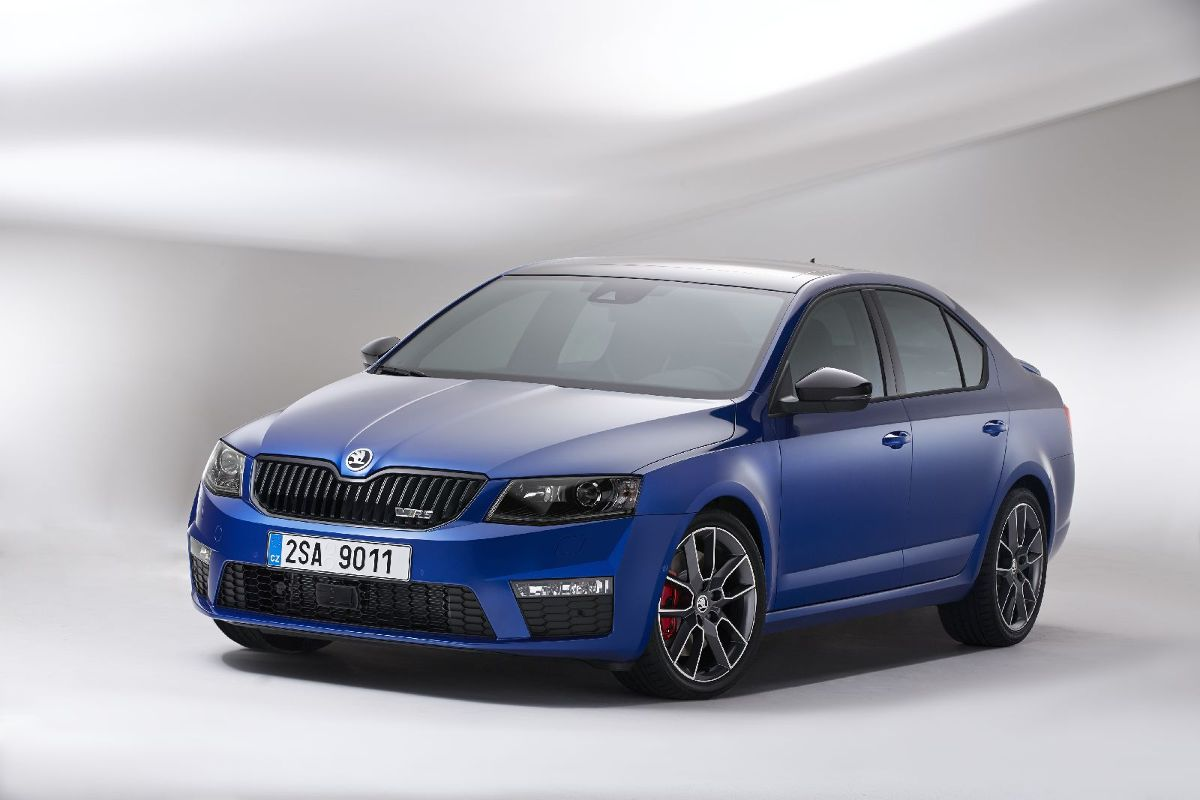 skoda octavia rs skoda octavia rs fot skoda zdj cia. Black Bedroom Furniture Sets. Home Design Ideas