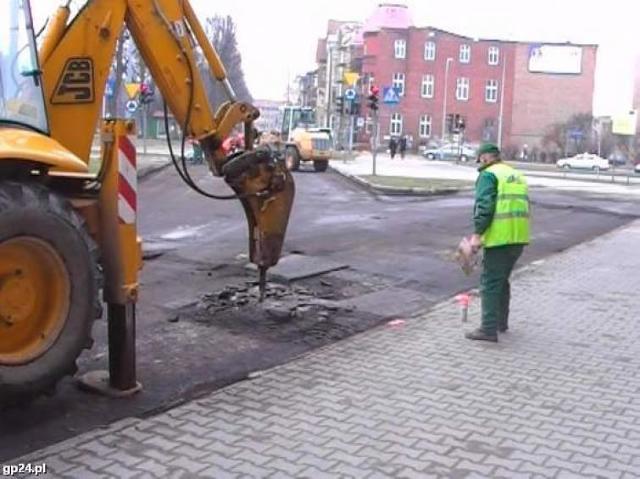 Przez błędy Hydrobudowy, zamkną ulicę w centrum Słupska
