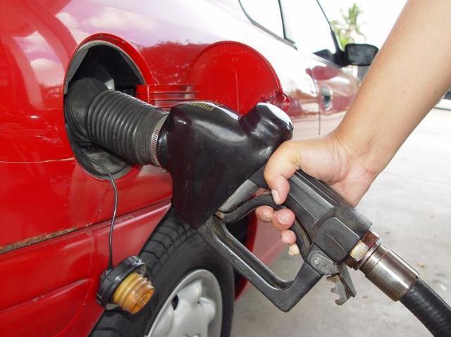 Polak zatankuje mniej paliwa niż przeciętny obywatel Unii Europejskiej