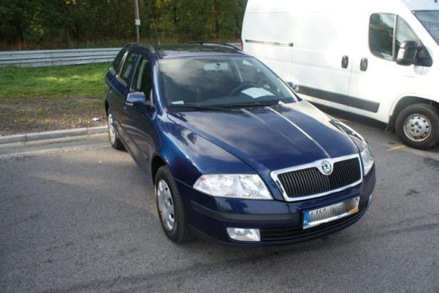 Giełdy samochodowe w Kielcach i Sandomierzu (16.10) - ceny i zdjęcia