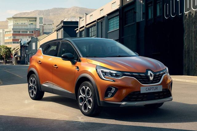 Renault Captur   Wśród wyposażenia znalazł się m.in. adaptacyjny tempomat, system autonomicznego parkowania oraz system automatycznego hamowania w razie niebezpieczeństwa.  Fot. Renault
