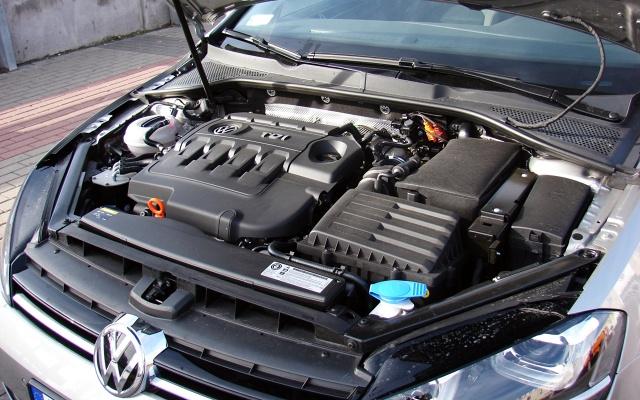 zdjęcie Volkswagen Golf VII 2.0 TDI