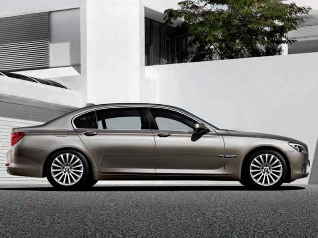 BMW - prawie tysiąc samochodów z silnikami Diesla do serwisu
