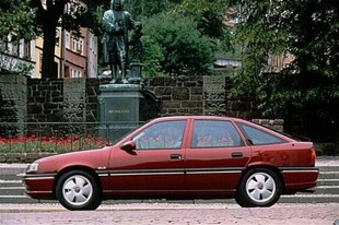 Opel Vectra A (1988 - 1995) Hatchback