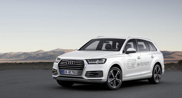 Audi Q7 e-tron 3.0 TDI quattro / Fot. Audi