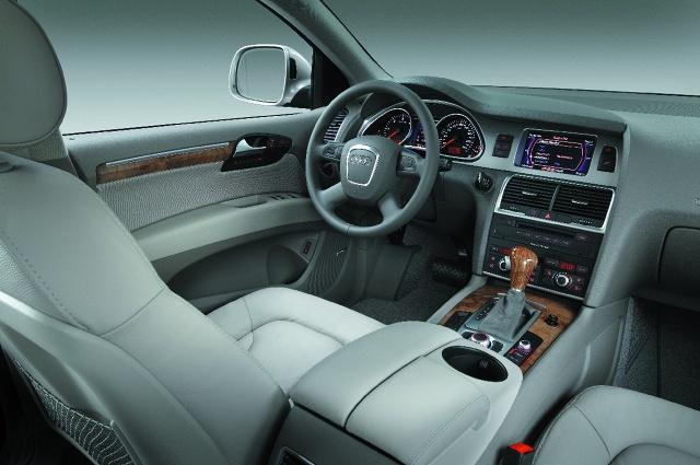 zdjęcie Audi Q7