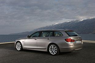 BMW SERIA 5 VI (F07/F10/F11) (2010 - teraz) Kombi [F11]