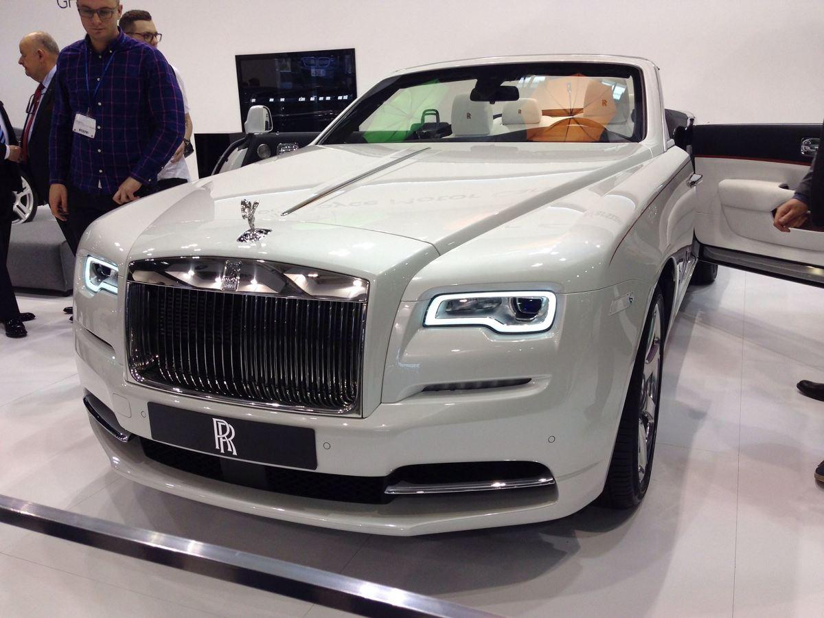 Podczas tegorocznej edycji targów Poznań Motor Show, Rolls-Royce Motor Cars Warszawa chwali się pełną paletą możliwości personalizacji i indywidualizacji samochodów w ramach programu Bespoke.  Fot. Łukasz Szewczyk