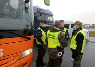 Koronawirus a przekraczanie granicy. Kogo nie obowiązuje zakaz wjazdu na teren Polski?