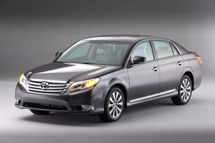 Toyota Avalon III (2005 - teraz) Sedan