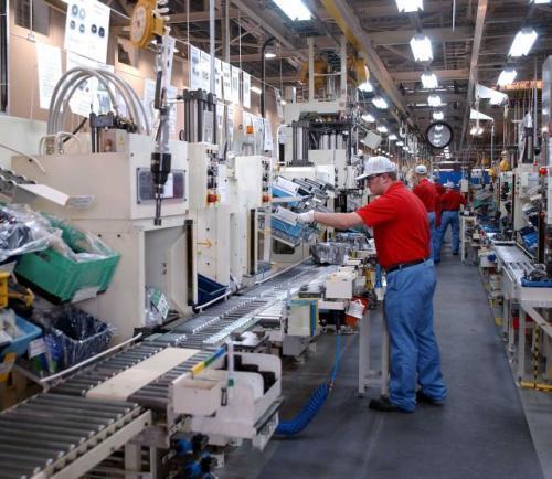 Fot. Toyota: Fabryka Toyoty w Wałbrzychu wytwarzająca skrzynie biegów.