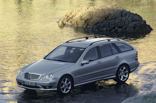 Fot. DaimlerChrysler: Mercedes C 320 CDI Sport Edition + ma silnik dielsa o mocy 224 KM.