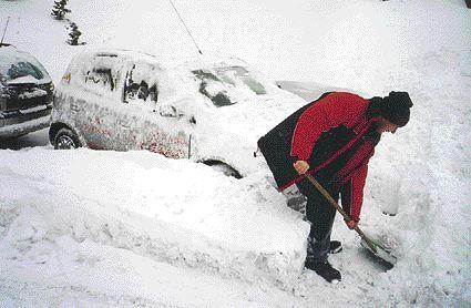 Fot. PER: Zima może nas jeszcze zaskoczyć. Na razie daje nam szansę na odpowiednie przygotowanie.