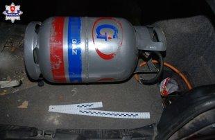 Policja. BMW na gaz… z domowej butli
